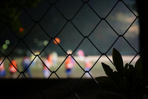 サッカー練習 / marumeganechan (http://www.flickr.com/photos/marumeganechan/10723658394/)